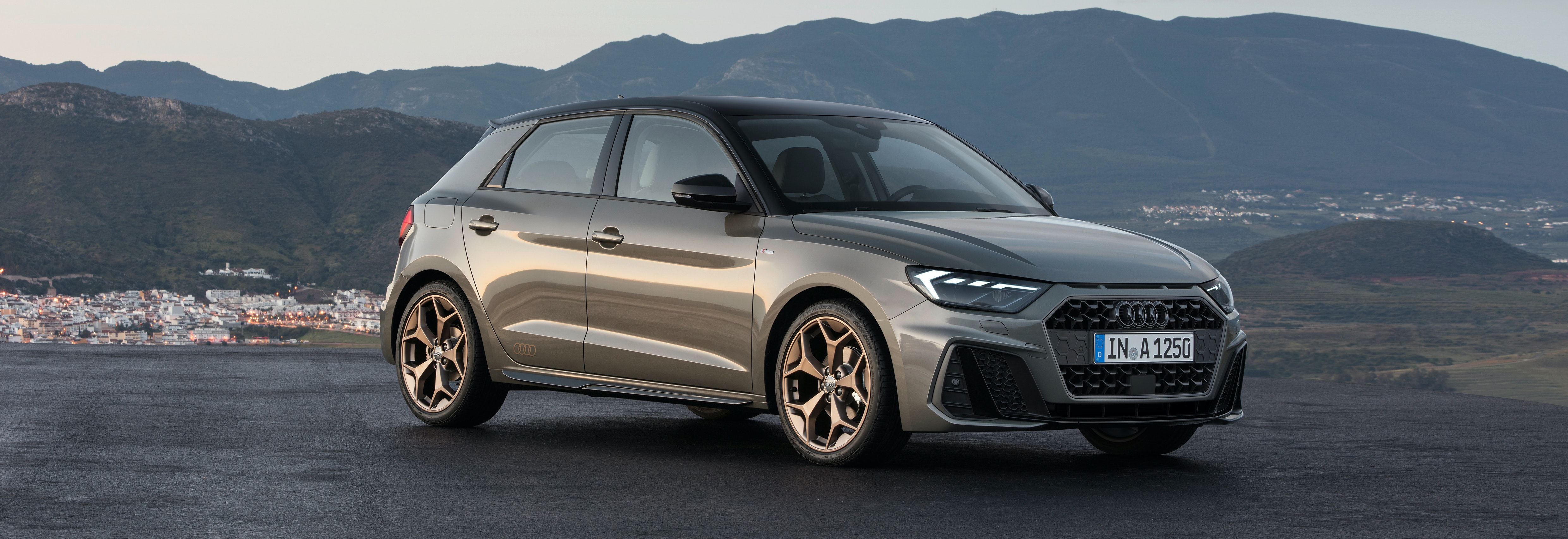 Superb 2018 Audi A1 Gray Parked Front