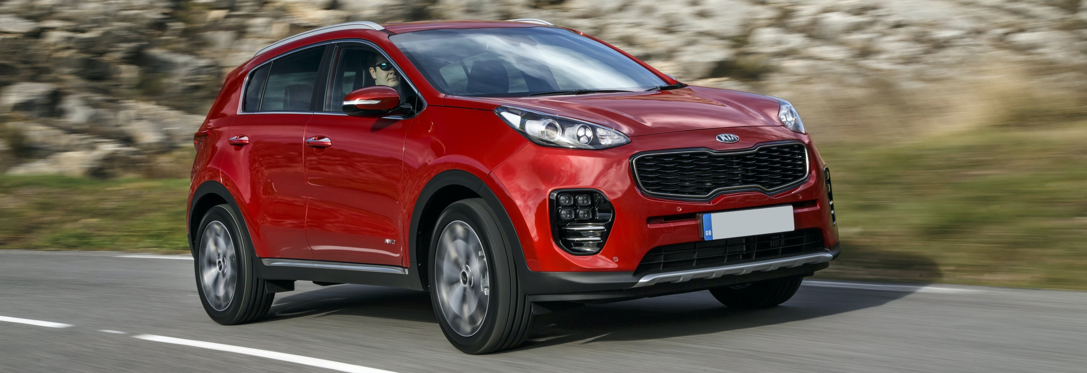 2018 Kia Sportage Red Driving Front