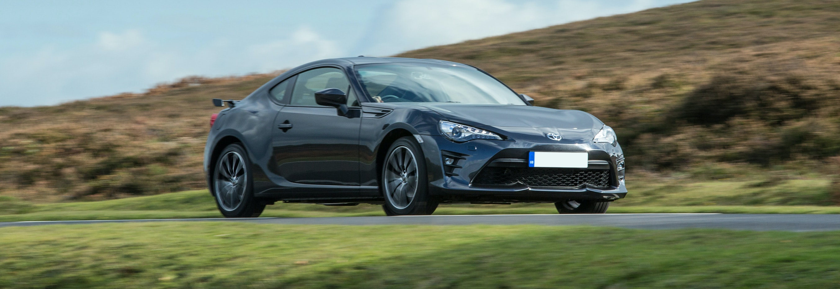 2018 Toyota Gt86 Grey Driving Front