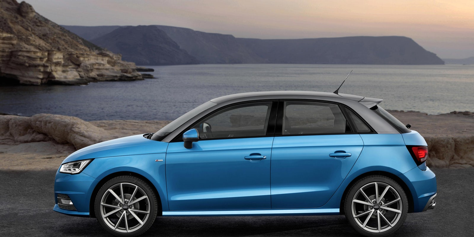 audi a1 sportback specifications carwow. Black Bedroom Furniture Sets. Home Design Ideas