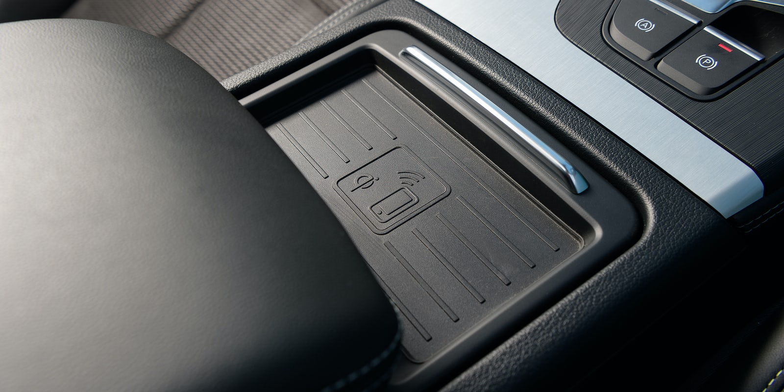 audi q5 driving comfort and performance carwow. Black Bedroom Furniture Sets. Home Design Ideas