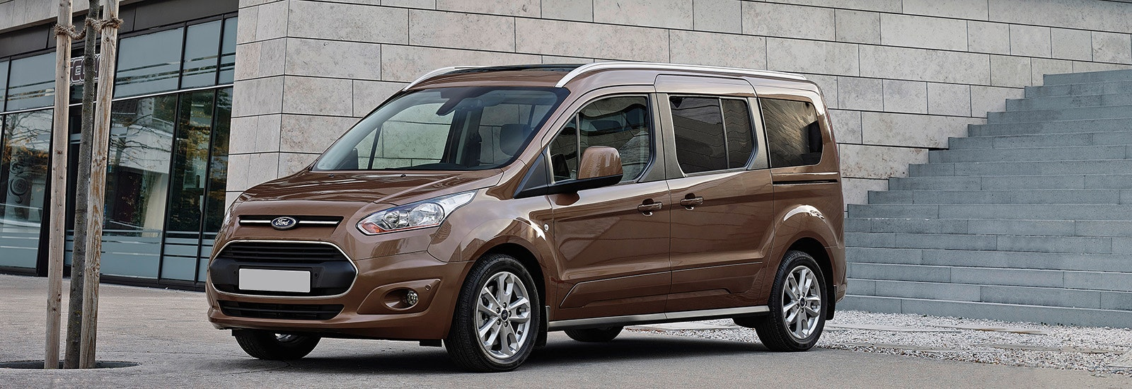 2018 ford transit tourneo connect brown front