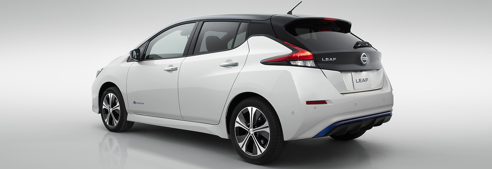 2018 nissan leaf price. brilliant nissan nissan leaf rear on 2018 nissan leaf price