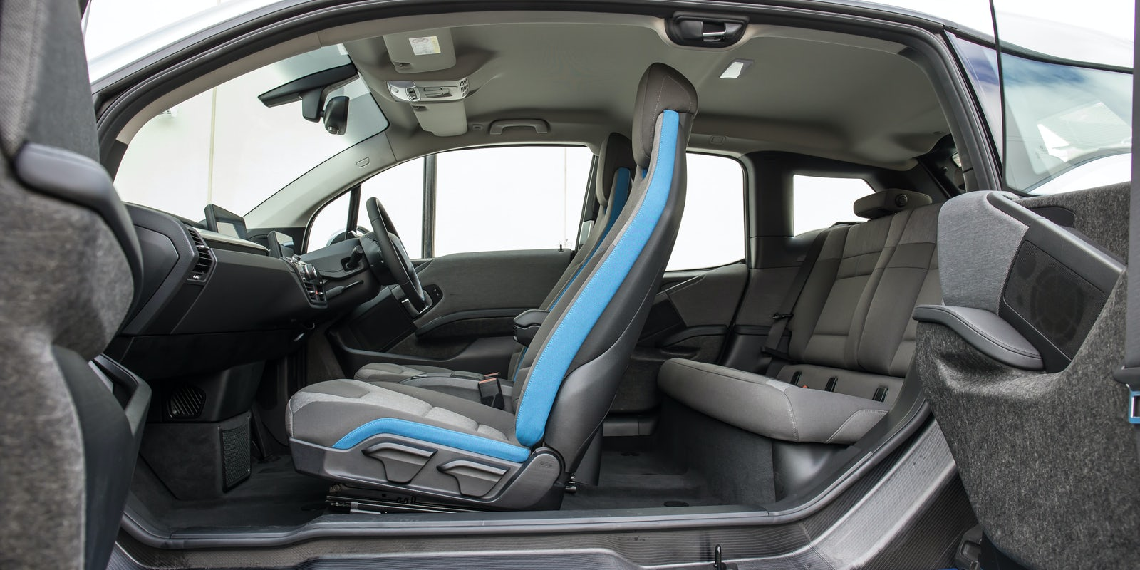 Range Rover Evoque Dimensions >> BMW i3 Boot Space & Dimensions   carwow