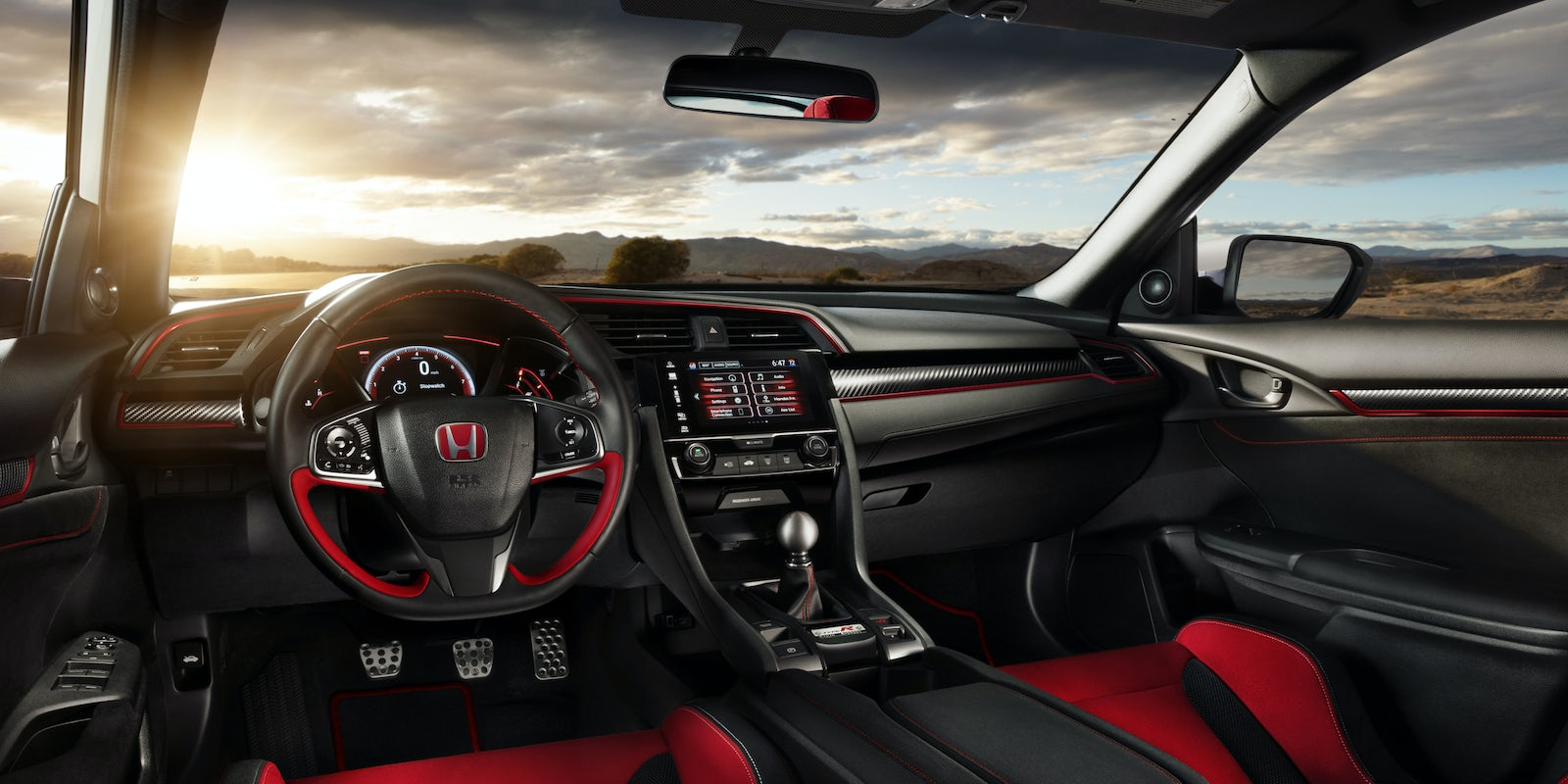 honda civic type r interior practicality and infotainment. Black Bedroom Furniture Sets. Home Design Ideas