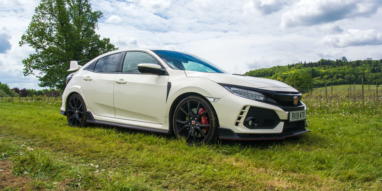 Honda civic type r white front parked sunday service lead 1.jpg?ixlib=rb 1.1