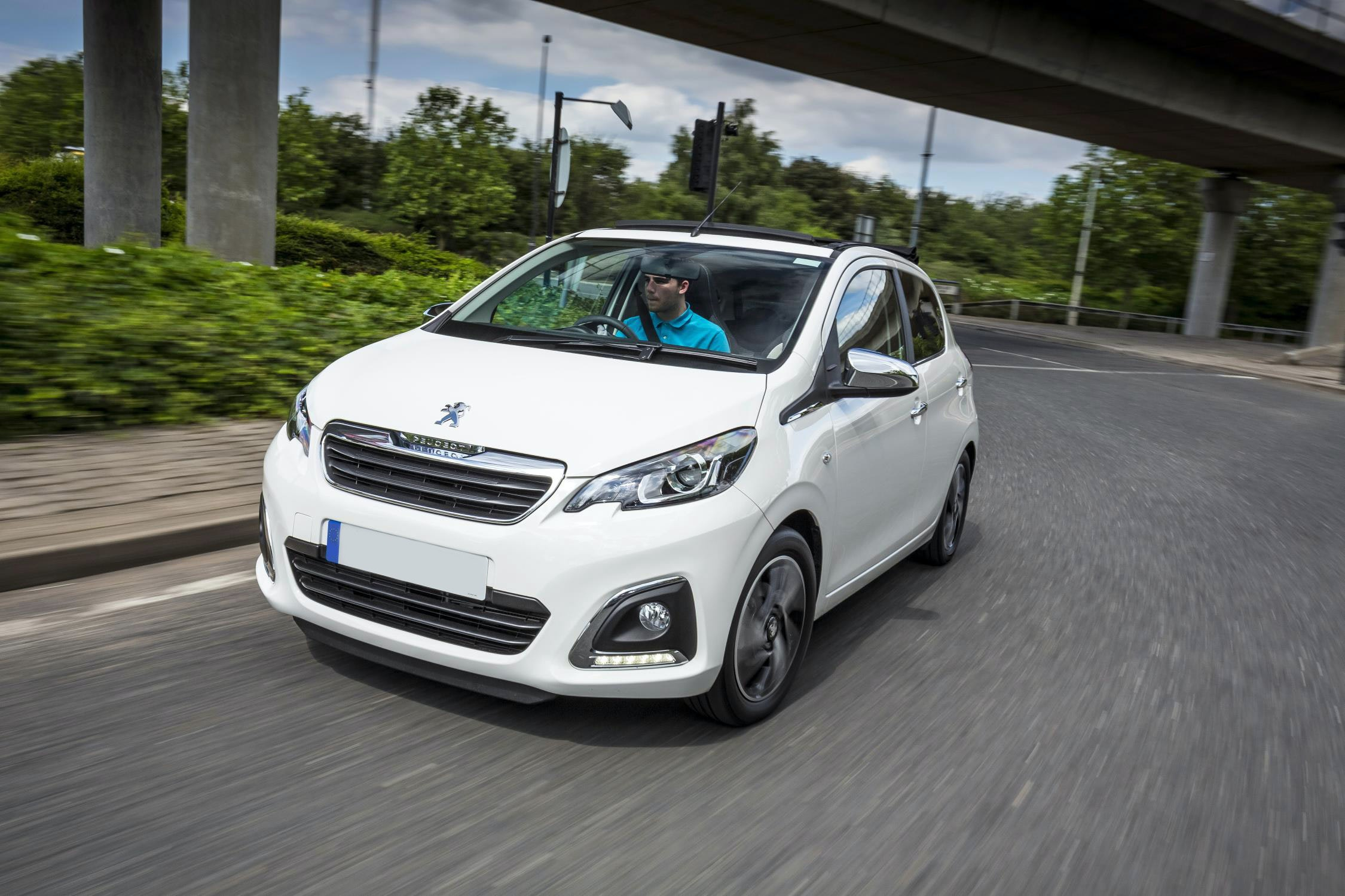 New Peugeot 108 Review | carwow