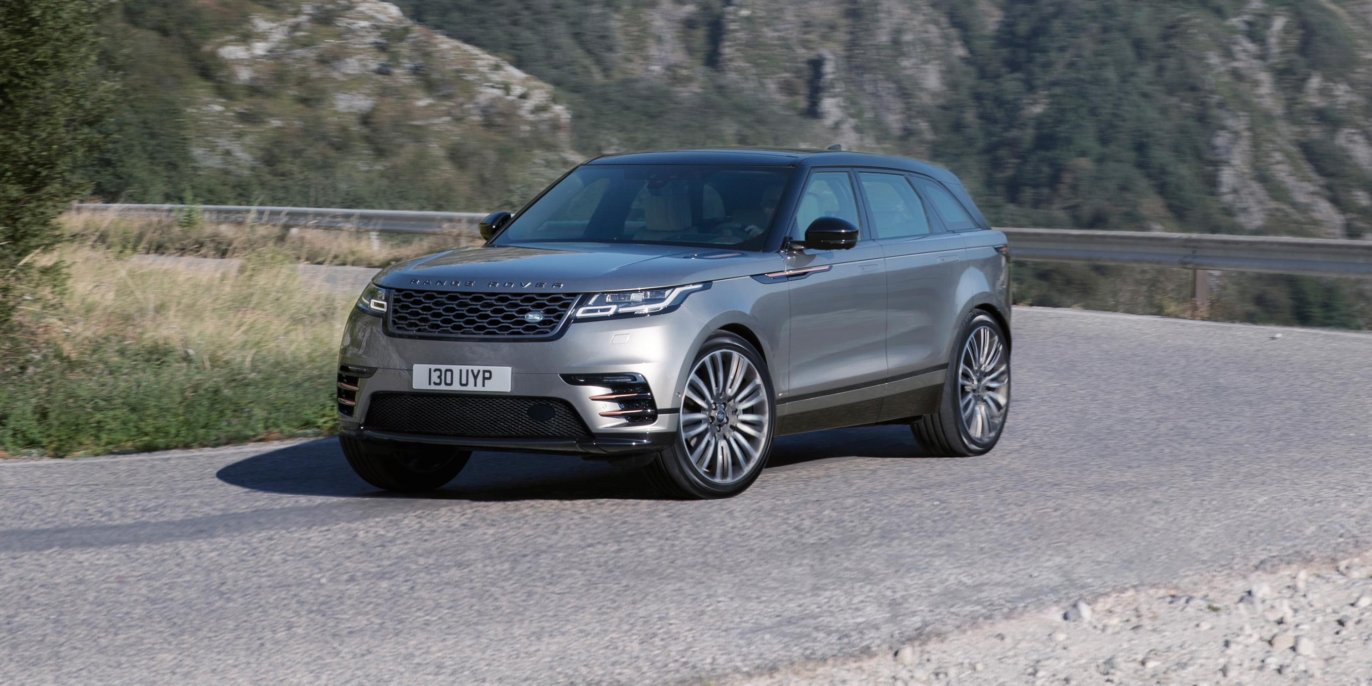 2018 land rover velar release date. plain 2018 the velar trades a touch of passenger space for eyecatching looks on 2018 land rover velar release date