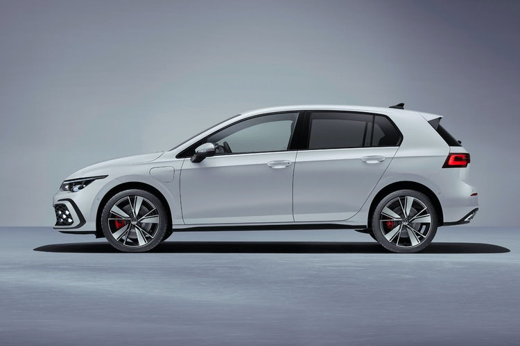 New Volkswagen Golf Gti Gte And Gtd On Sale Now Prices And Specs Revealed Carwow